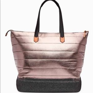 Stella & Dot Rose Gold Crush It Bag
